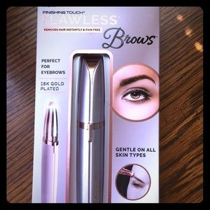 FLAWLESS BROWS! precision brow hair remover